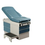UMF Exam Table (Std. Premium Top, 500lb. capacity, 5 year warranty) with Side Pull Out Foot Step for 5140 only