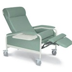 Winco XL Care Cliner (Nylon Casters)